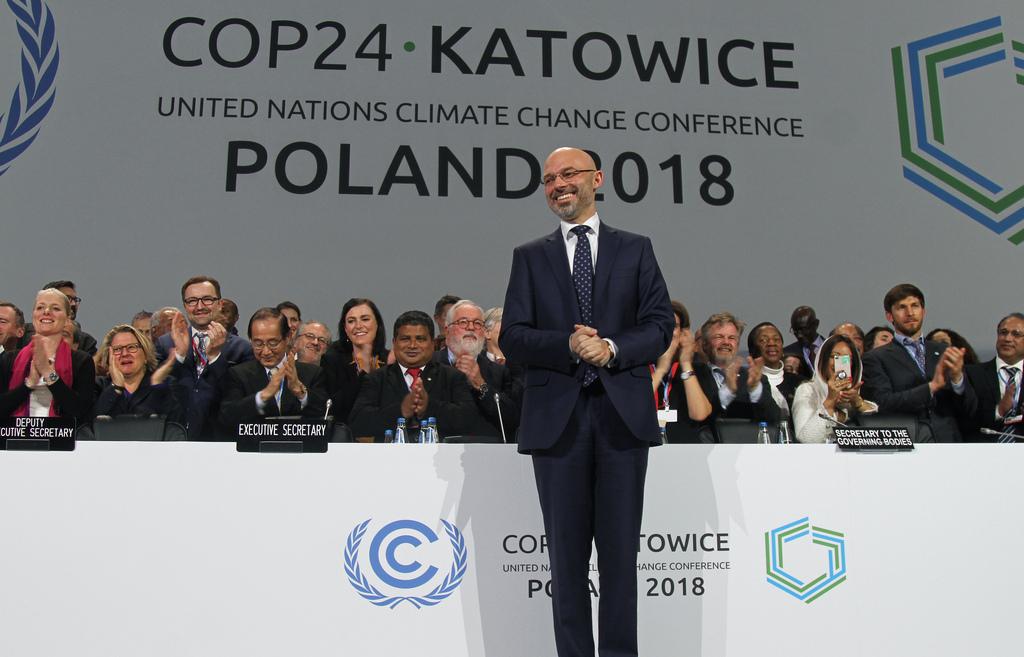 不意外? 聯合國氣候大會敲定巴黎協定細則  部分條文保留再議